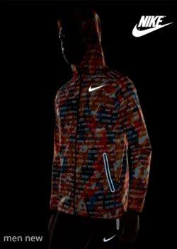 Promos de Sport dans le dépliant de Nike à Mons