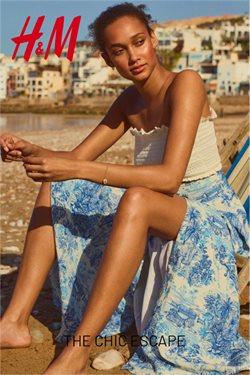 Promos de Vêtements, Chaussures et Accessoires dans le dépliant de H&M à Asse