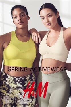 Promos de Vêtements, Chaussures et Accessoires dans le dépliant de H&M à Bruxelles