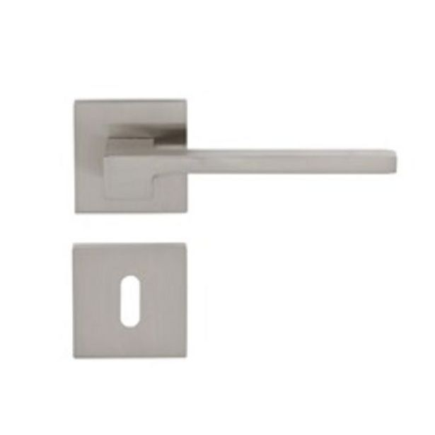 Poignée de porte Sencys Berlin aluminium argenté offre à 22,49€